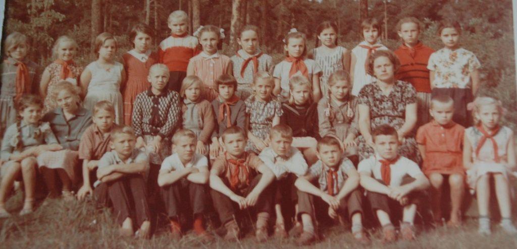 Soviet schoolchildren for Soviet-Jewish immigration stories and history