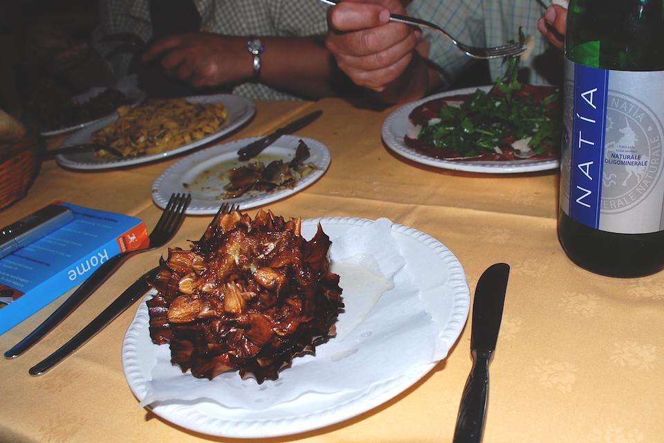 Authentic cuisine: Jewish Artichoke alla giudia in Rome